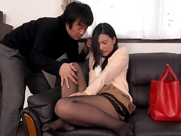 Uncensored Gorgeous Young Wife Iori Kogawa Gets Creampie In advance Of Her Helpless Husband
