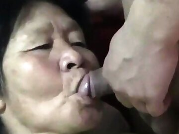 Riding Asian Amateur Granny